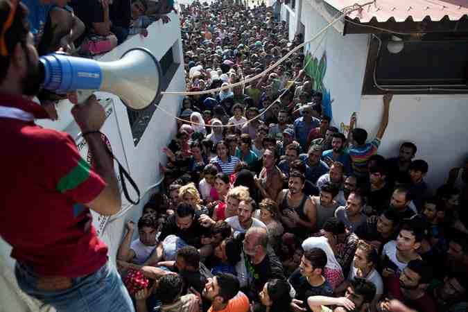 Αποτέλεσμα εικόνας για λαθρομετανάστες σκοτώνονται μεταξύ τους